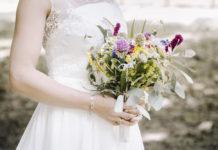 Sukienki Boho - eleganckie sukienki koronkowe, białe, czarne i czerwone